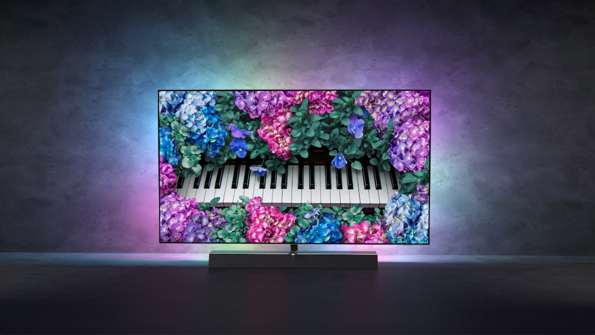 OLED+ 935: la nueva TV 4K de Philips con sonido B&W e inteligencia artificial